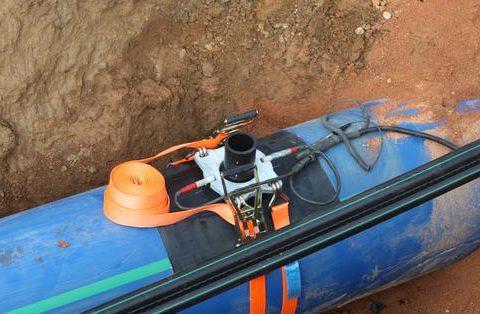 Abrazaderas de ventilación para el suministro principal de agua potable
